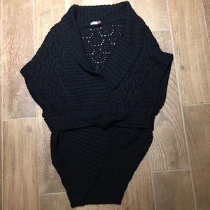 Aritzia Wilfred sweater wrap